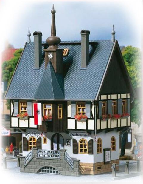 Auhagen Historic town hall  12350