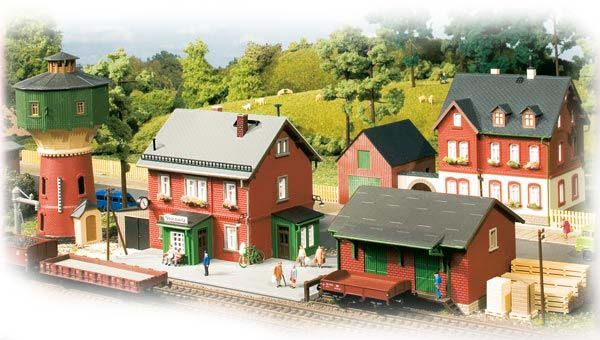 Auhagen Set Neschwitz station 15304