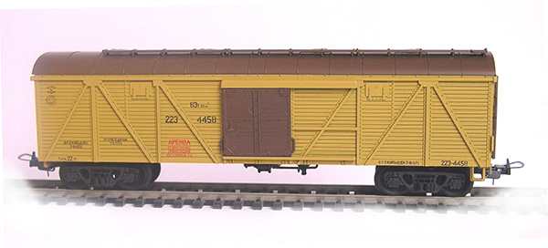 Konka Box car  64 t, 106 m3 Nr 223-4458 , 30264