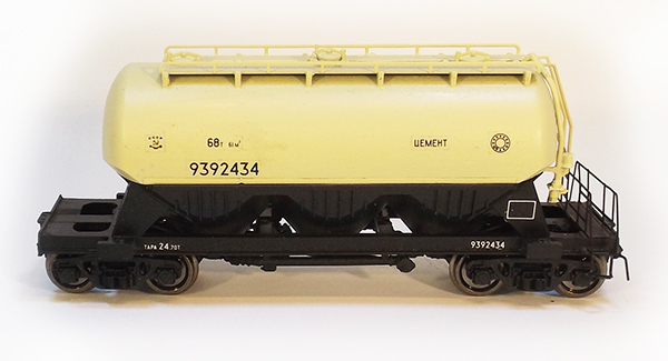 Modela Cement hopper car Typ 15-854 , 87027-01