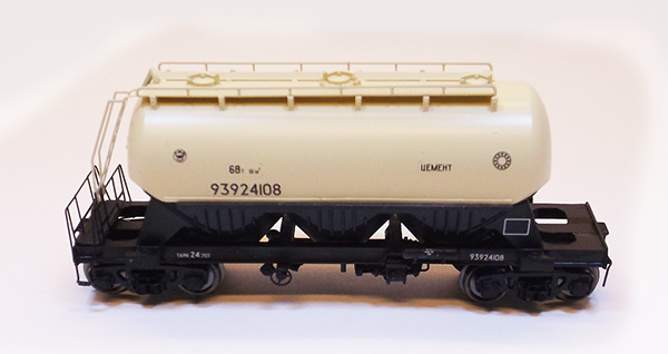 Modela Cement hopper car Typ 15-854 , 87027-11