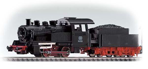 Piko Steam Loco w/Tender , 50501
