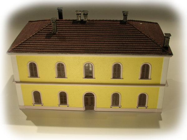 Rivarossi Railway station  HC8018