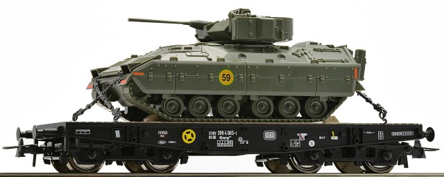 Roco Stake car  with M3 Bradley , 67472