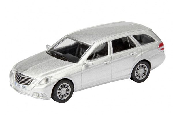 Schuco Mercedes-Benz E-Klasse T-Modell, 25847