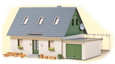 Auhagen 11454: House with garage