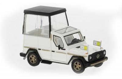 Brekina 87675: BOS: 1980 Mercedes 230 G Papamobil - Pope Mobile