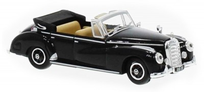 Brekina 38427: RICKO: Mercedes 300 C Cabrio черный