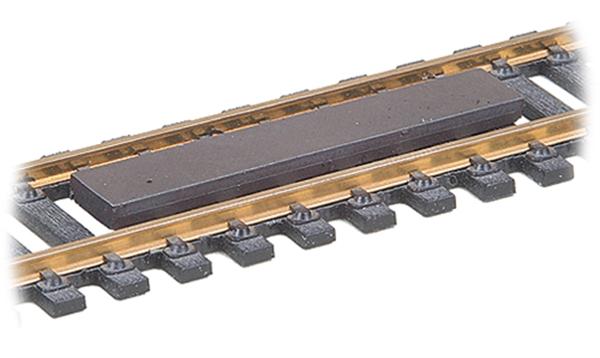 Kadee 10312: Permanent magnet 'between-the-rails' Uncoupler 312