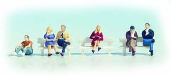 Noch 45535: Sitting people