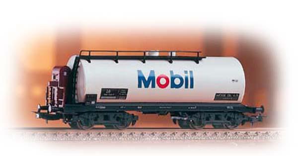 Piko 54353: Tank car 'Mobil'