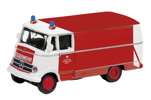 Schuco 25786: Mercedes-Benz L319, fire guard